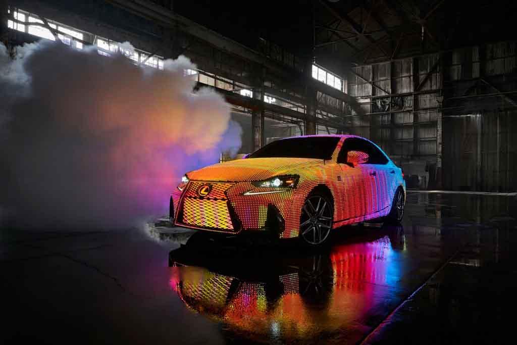Lexus-IS-LED-4.jpg