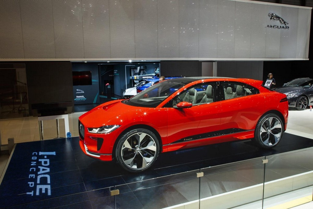 Photon Red I-Pace Concept Jaguar 2