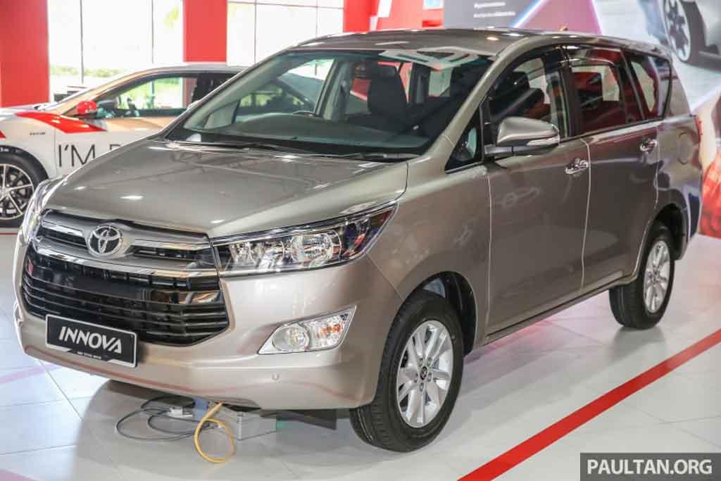 Toyota-Innova-2.0L-Petrol-1.jpg