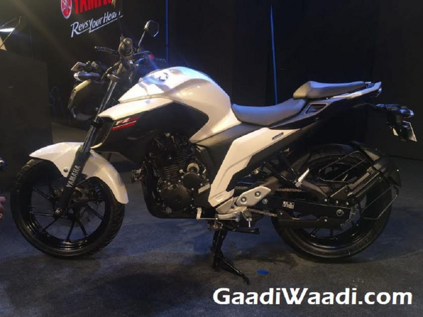 2017 Yamaha FZ25 Launched in India 7