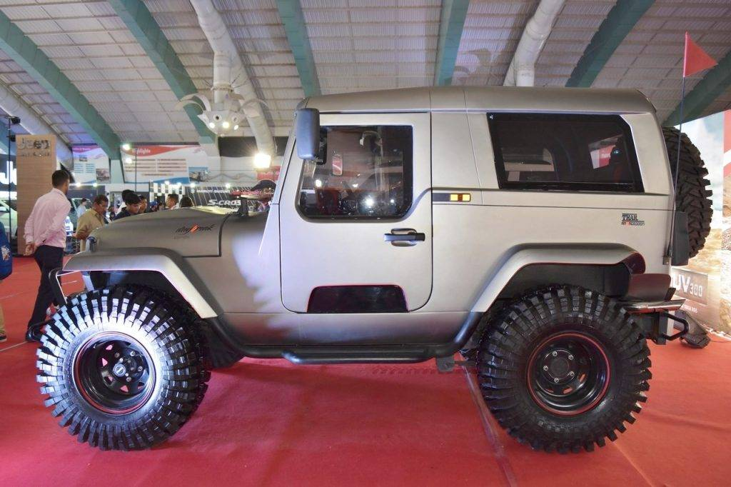 Thar Midnight Price >> Mahindra Thar Daybreak Edition With Solid Roof Displayed
