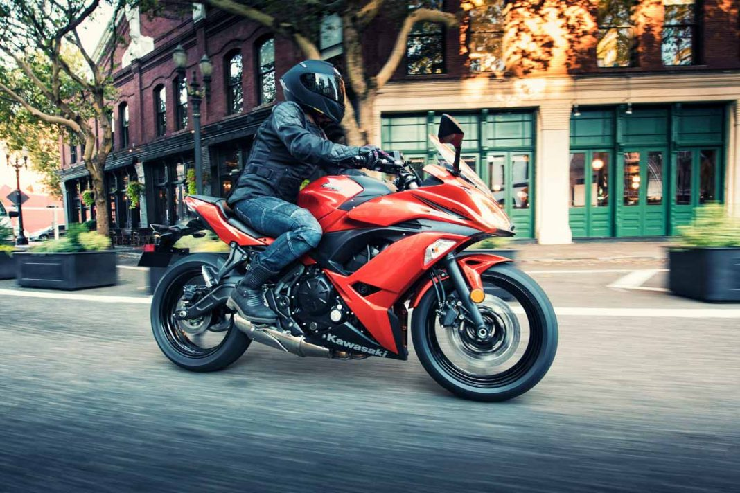 TOP BIKES UNDER 5 LAKH INdia