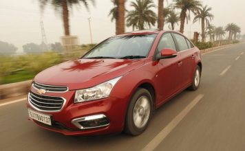 2016 chevrolet cruze vs honda city4