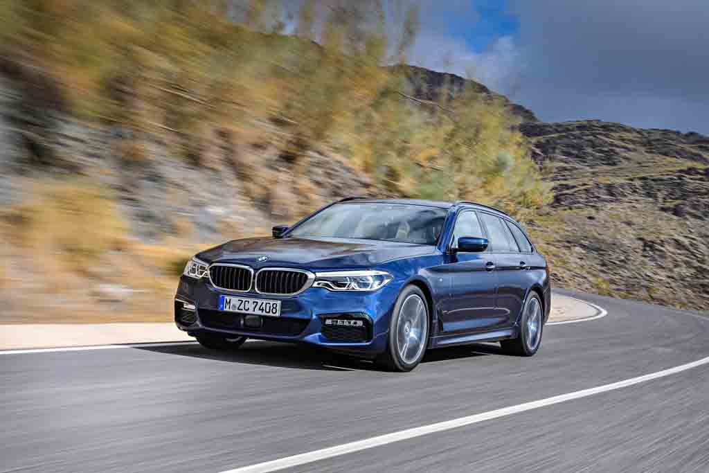 2017 bmw 5 series touring unveiled ahead of geneva debut. Black Bedroom Furniture Sets. Home Design Ideas