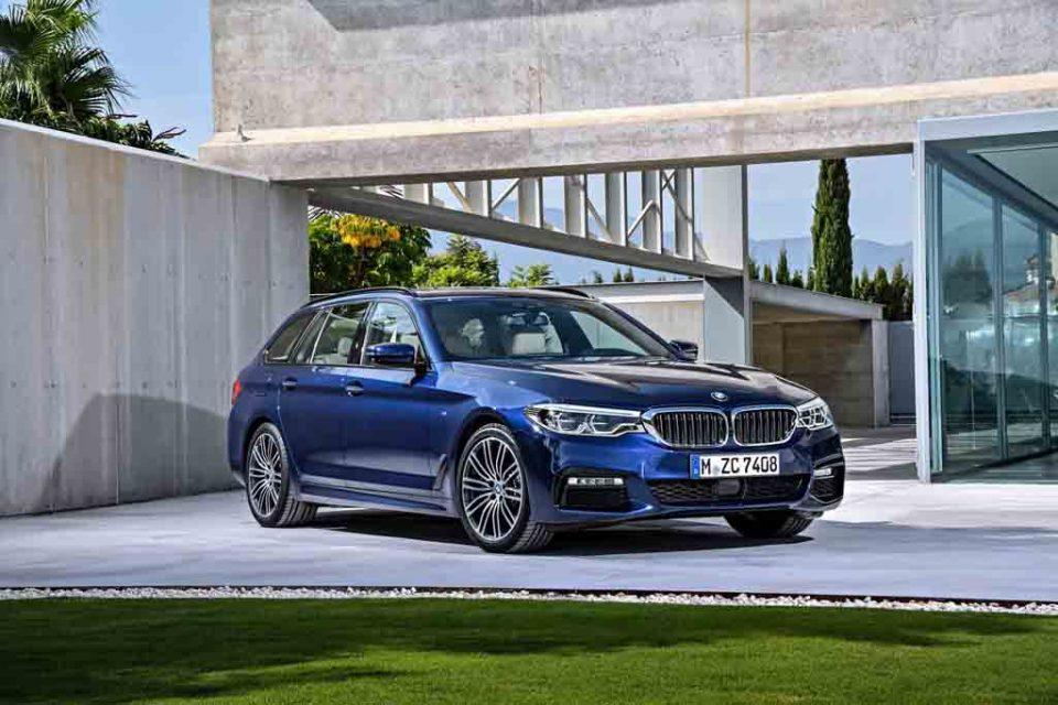2017-BMW-5-Series-Touring-2.jpg