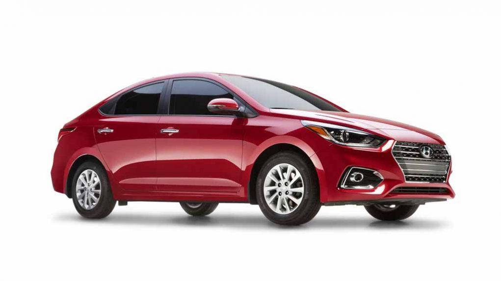 2017-Hyundai-Verna-Side-and-Front.jpg