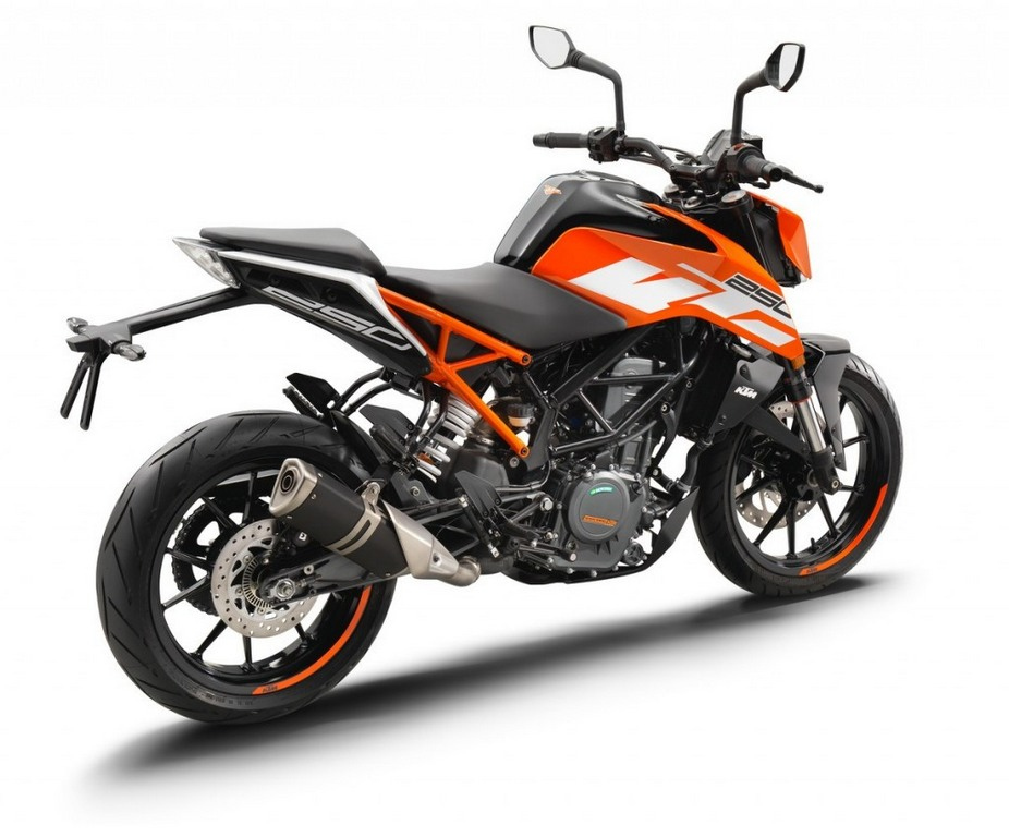 all new 2017 ktm duke 250 launched in india at rs lakh. Black Bedroom Furniture Sets. Home Design Ideas
