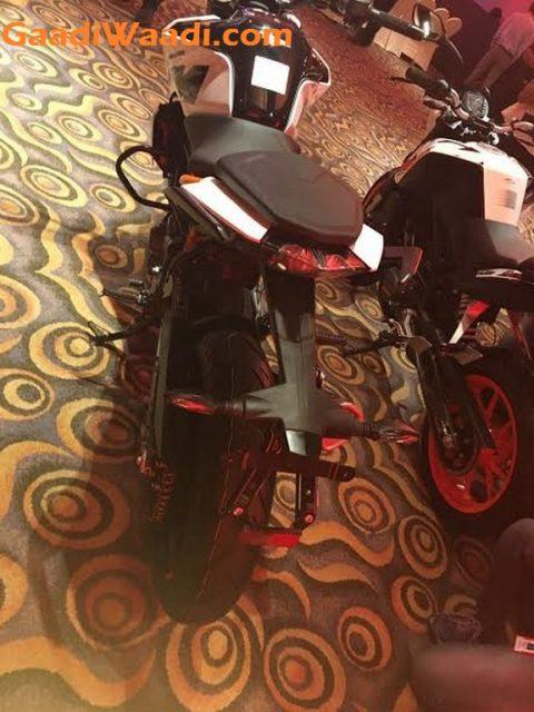 2017 KTM Duke 390, 2017 KTM Duke 250, 2017 KTM Duke 200 India Launch 14