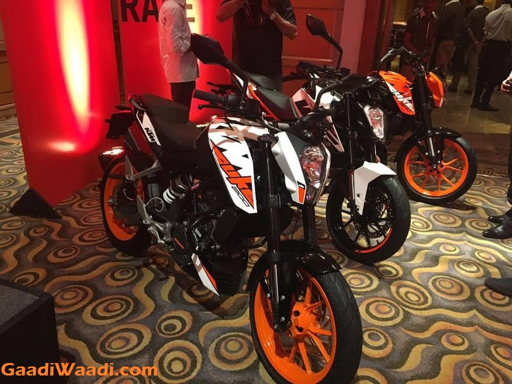 2017 KTM Duke 390, 2017 KTM Duke 250, 2017 KTM Duke 200 India Launch 5