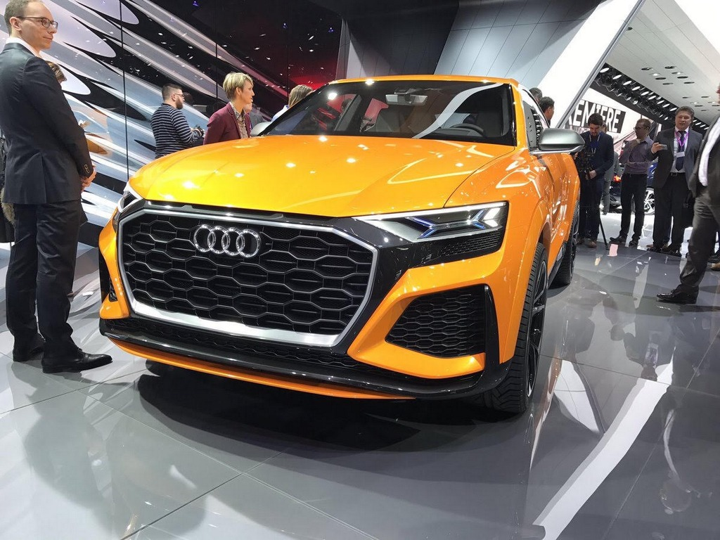 Audi Q8 Sport Concept previews Audi SQ8 1