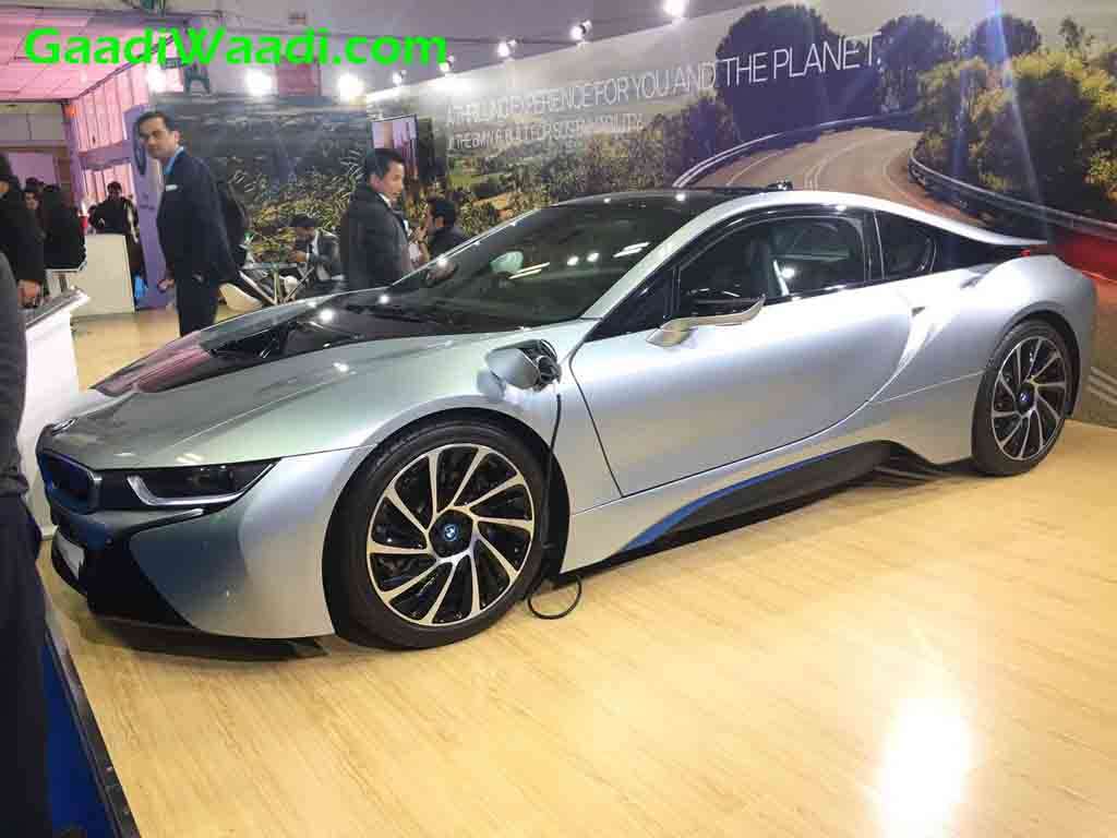 Bmw I8 Hybrid Sportscar Greets Public At 2017 Green Mobility Expo Delhi