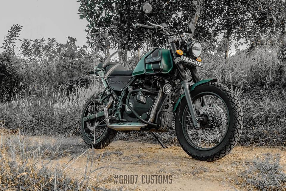 Modified Royal Enfield Himalayan Stuns With Bossy Postures