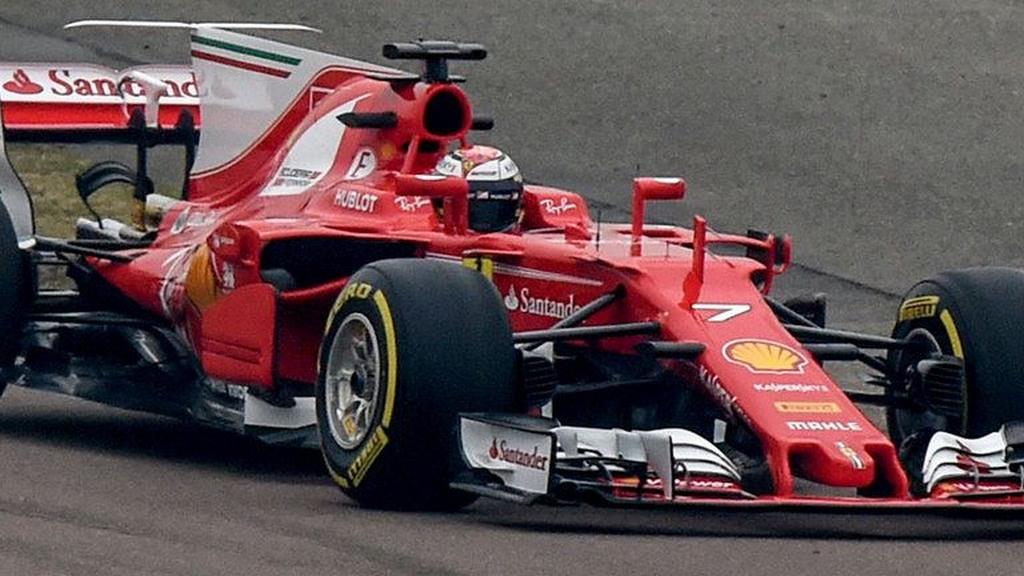 Ferrari SF70H F1 2017 Race Car 2