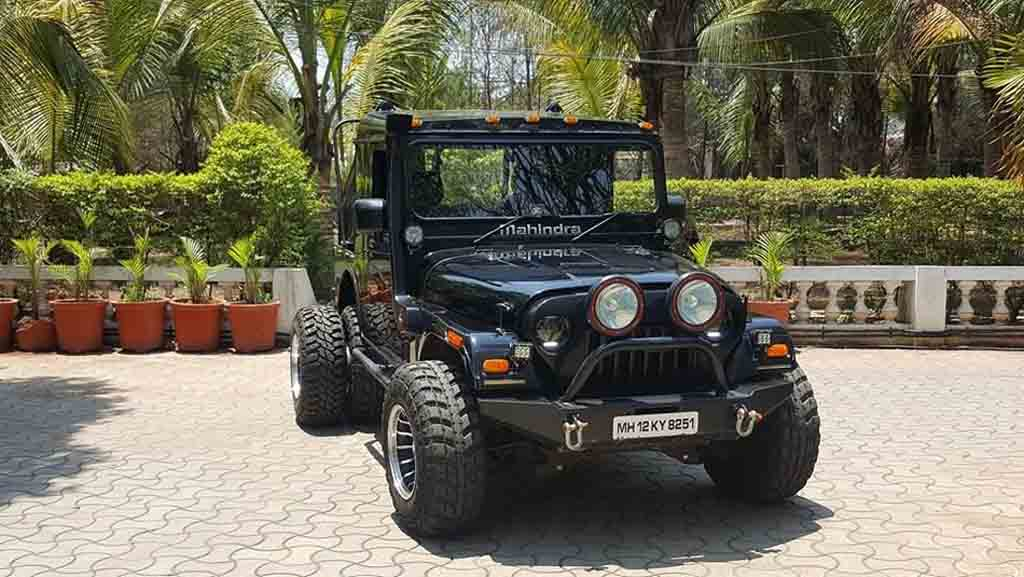 Customised Mahindra Thar Six-Wheeler
