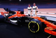 McLaren Honda MCL32 2017 F1 Car 4
