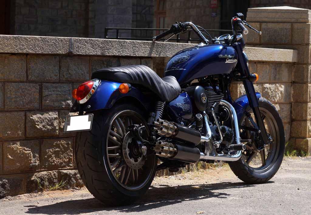 royal enfield thunderbird 500 customised into a true blue