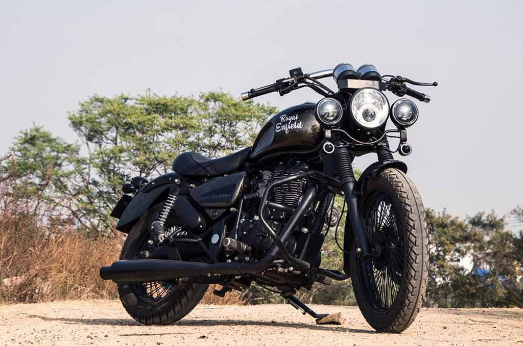 This Modified Royal Enfield Thunderbird 350 Is All Muscle