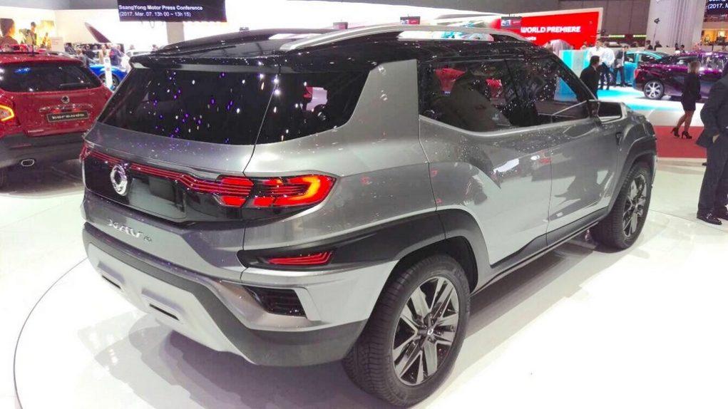 SsangYong XAVL concept Mahindra MPV 6