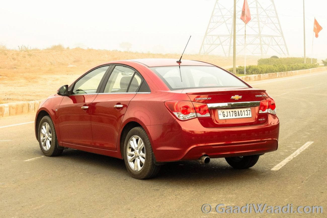 New Honda City Vs Chevrolet Cruze Specs Comparison