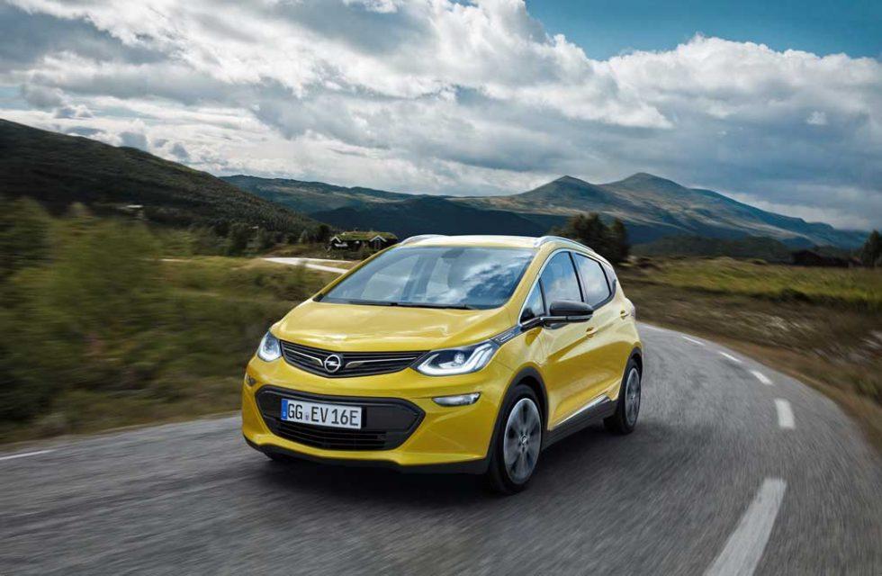 2017-Opel-Ampera-e-2.jpg