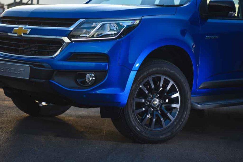 Chevrolet-Colorado-High-Country-STORM-1.jpg