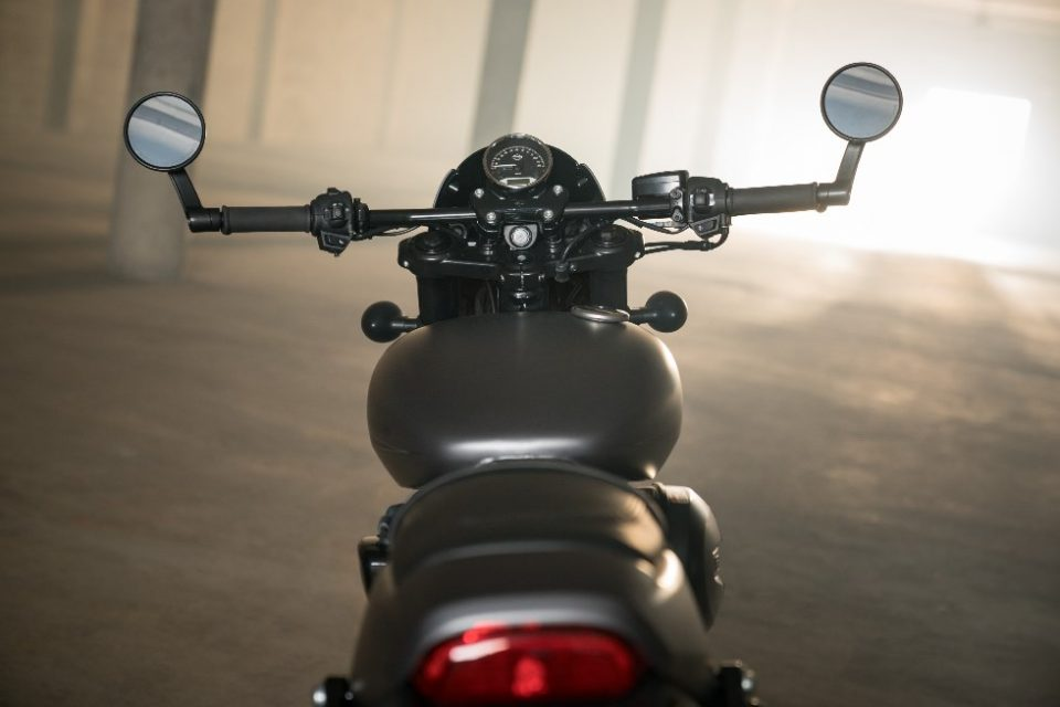 Harley-Davidson Street Rod 750 India 3