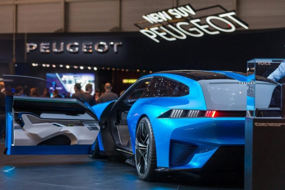 Peugeot Reveals Instinct Concept 5