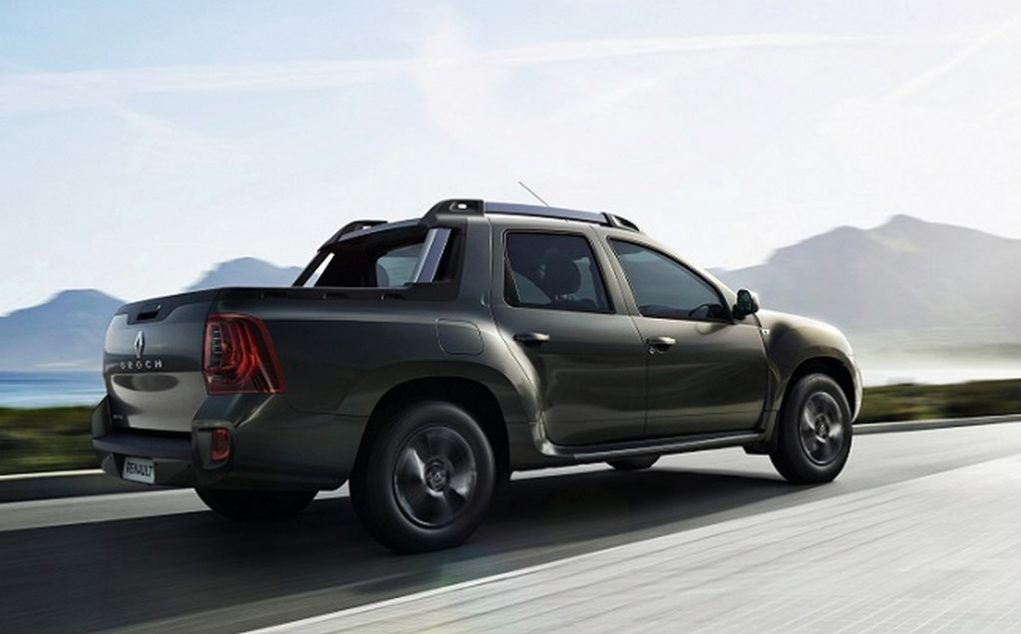 Renault Duster Oroch pickup truck India Launch Price Engine 1