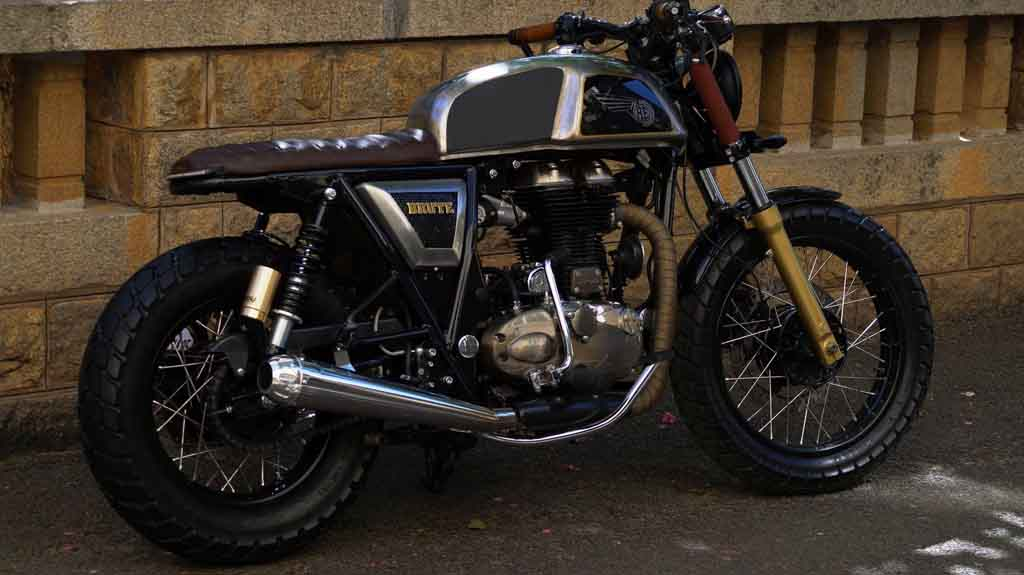 this modified royal enfield continental gt is a true brute. Black Bedroom Furniture Sets. Home Design Ideas