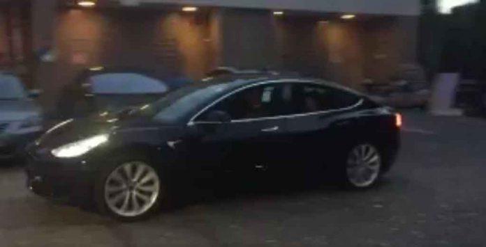 Tesla-Model-3-On-Test.jpg
