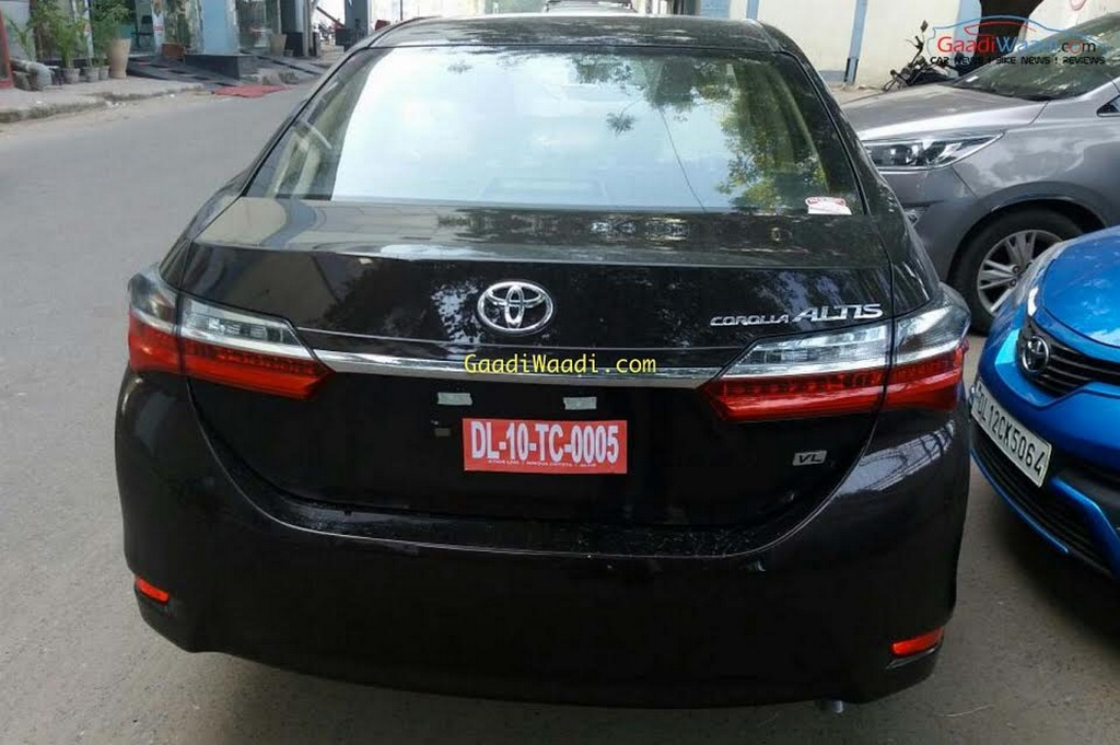 2017 Toyota Corolla Altis Facelift Launched - Price ...