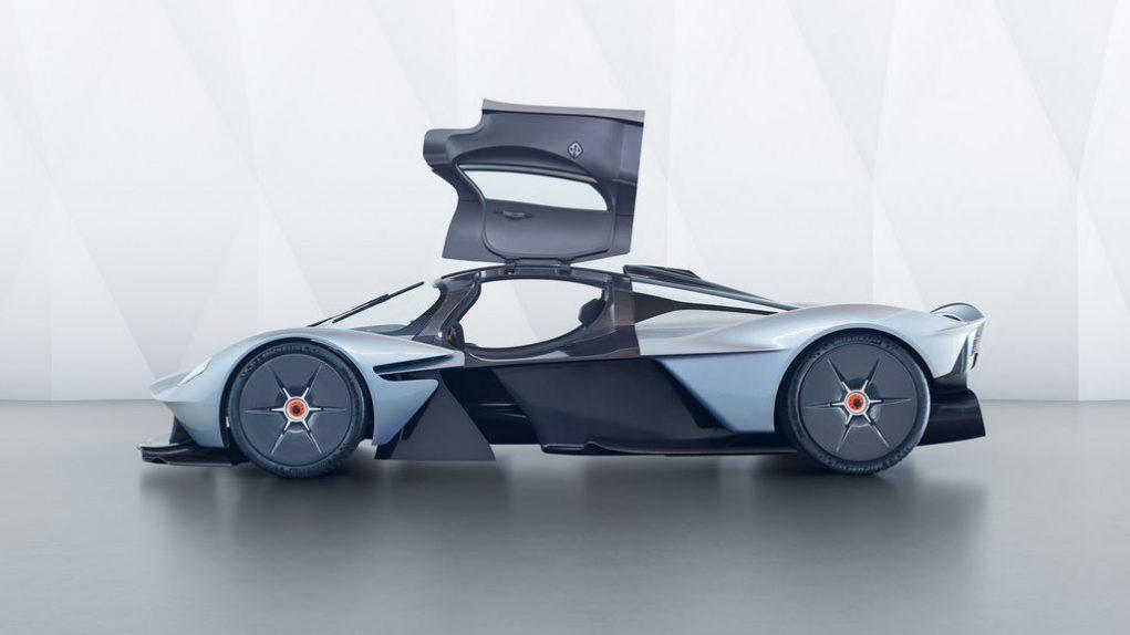 Updated Aston Martin Valkyrie 3
