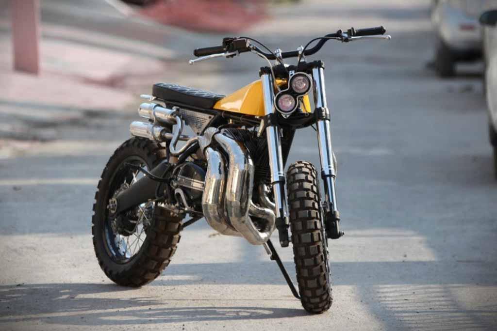 Yamaha-RD350-Scrambler-By-Moto-Exotica-2.jpg
