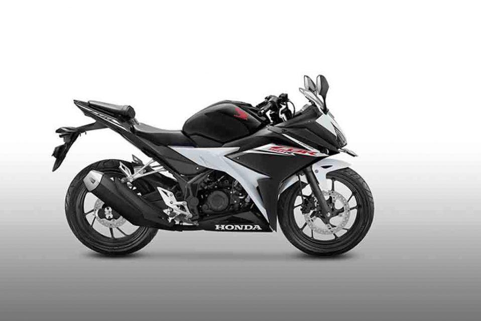 2017-Honda-CBR150R-Slick-Black-White-Side.jpg