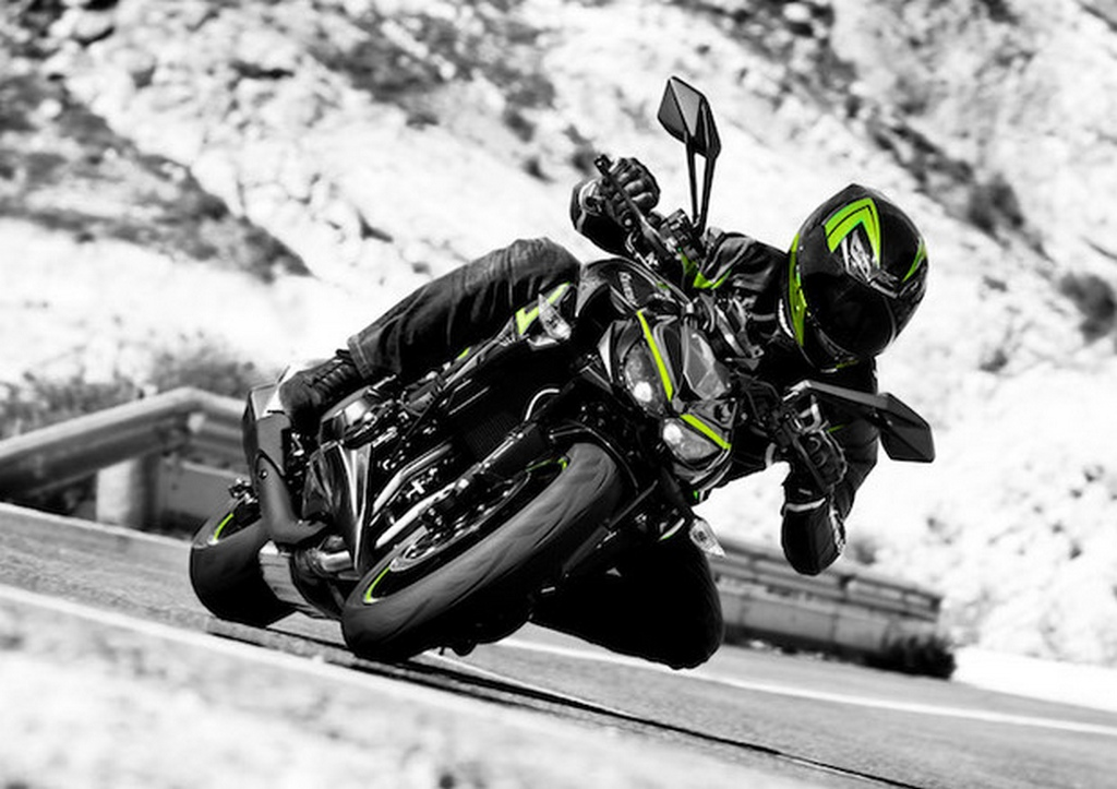 2017 Kawasaki Z1000 and Z1000R become BS-IV compliant with no change ...