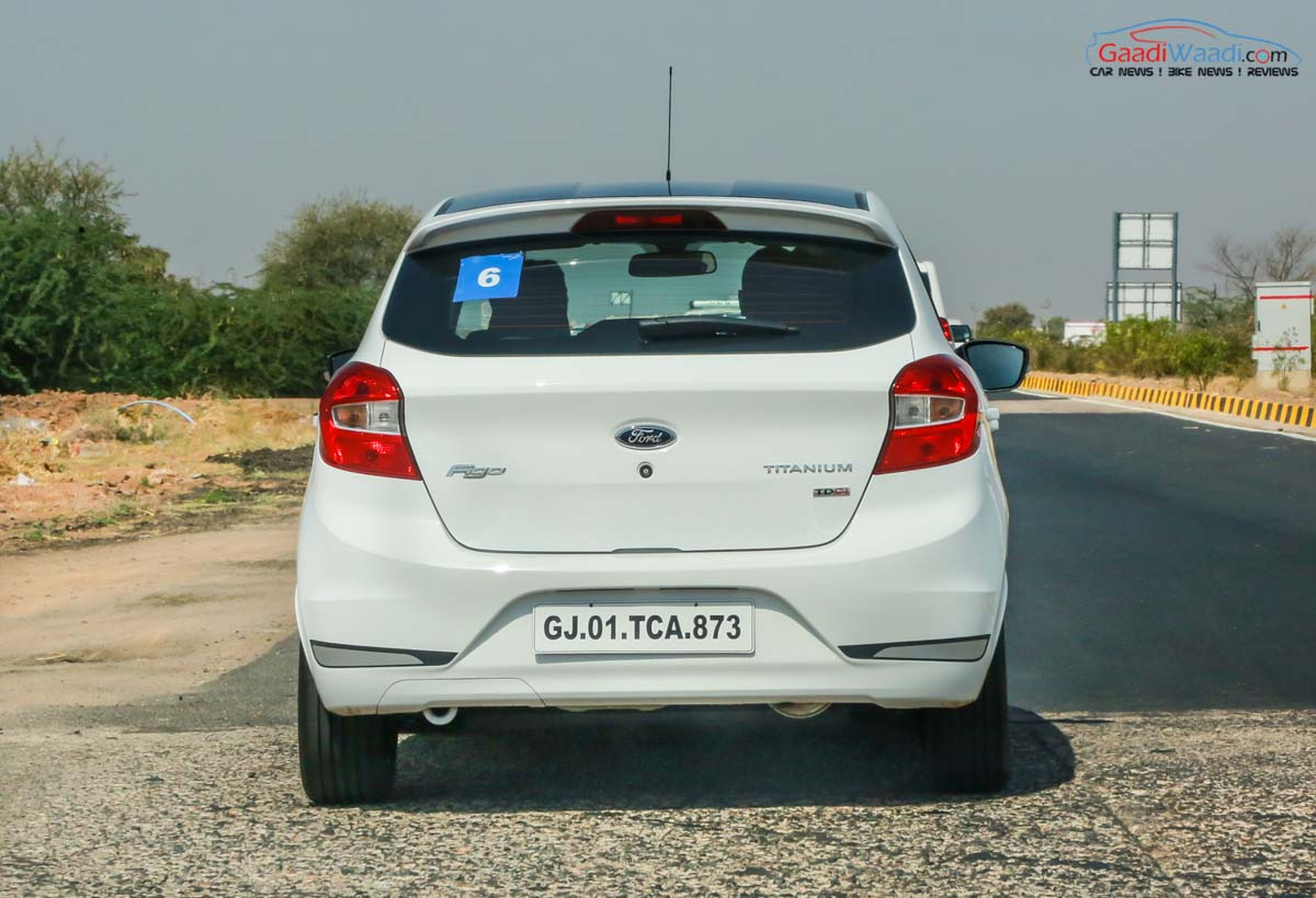 Online Car Rental Service For Corporate  Hire Cabs Bus