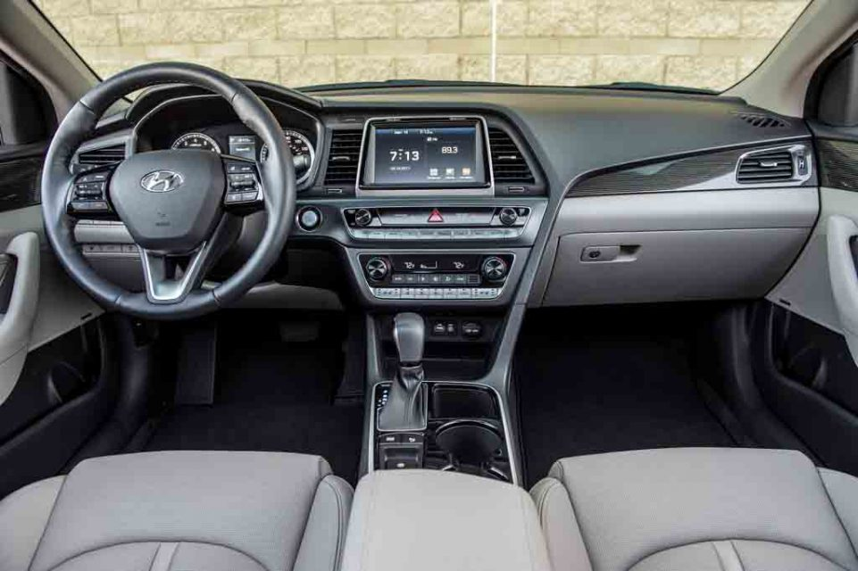 2018-Hyundai-Sonata-10.jpg