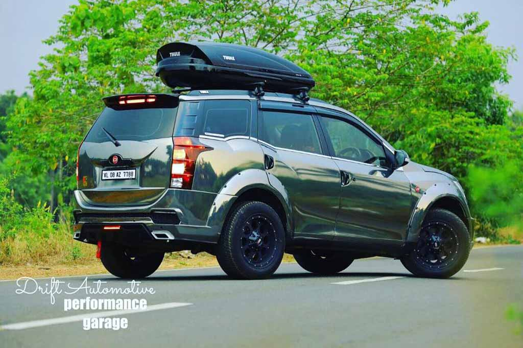 Diesel Jeep Wrangler >> Customised Mahindra XUV500 with Chrome Black Wrap Looks Beasty