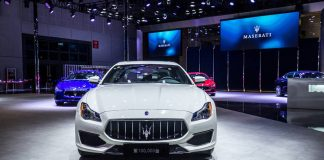 Maserati Delivers 100,000th Car at Auto Shanghai 2017