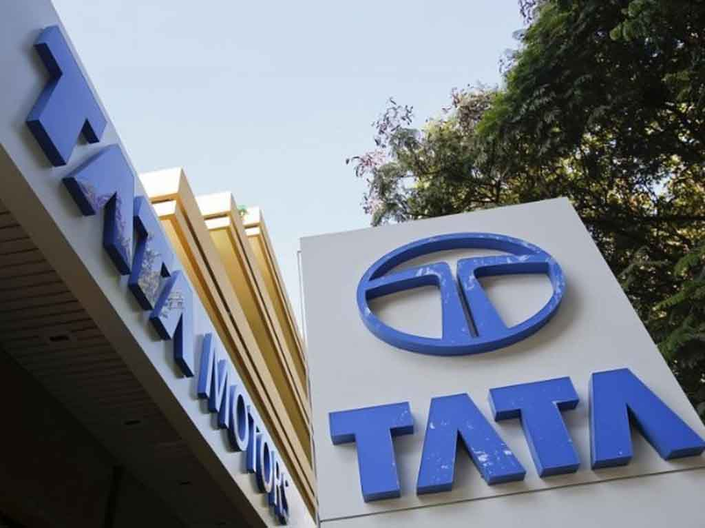 Tata-Flagship-Showroom-in-Mumbai.jpg