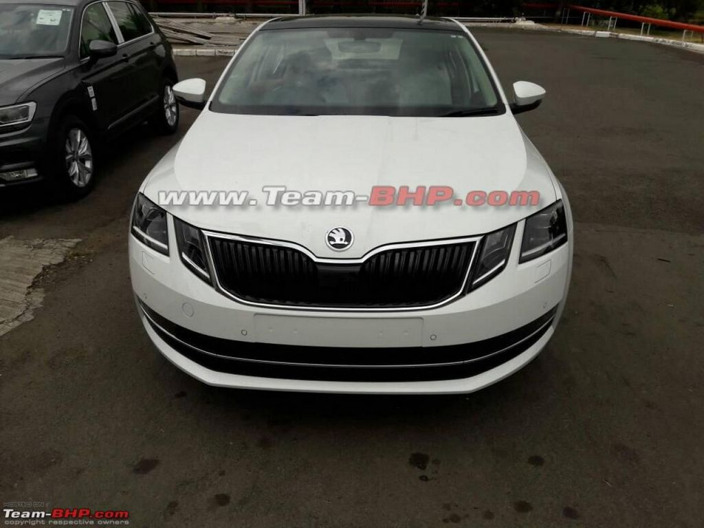 2017 skoda octavia facelift india launch price specs features interior pics. Black Bedroom Furniture Sets. Home Design Ideas