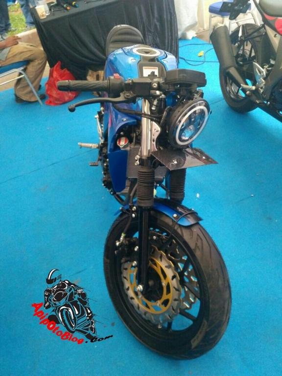 Custom Suzuki Gsx R150 Cafe Racer Displayed In Indonesia