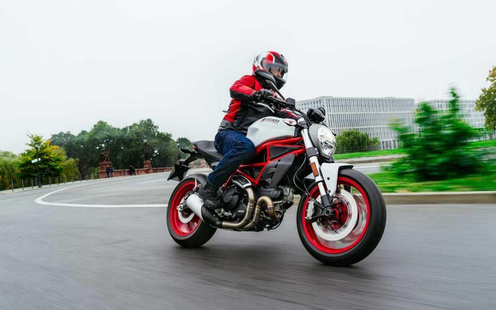 Ducati-Monster-797-5.jpg