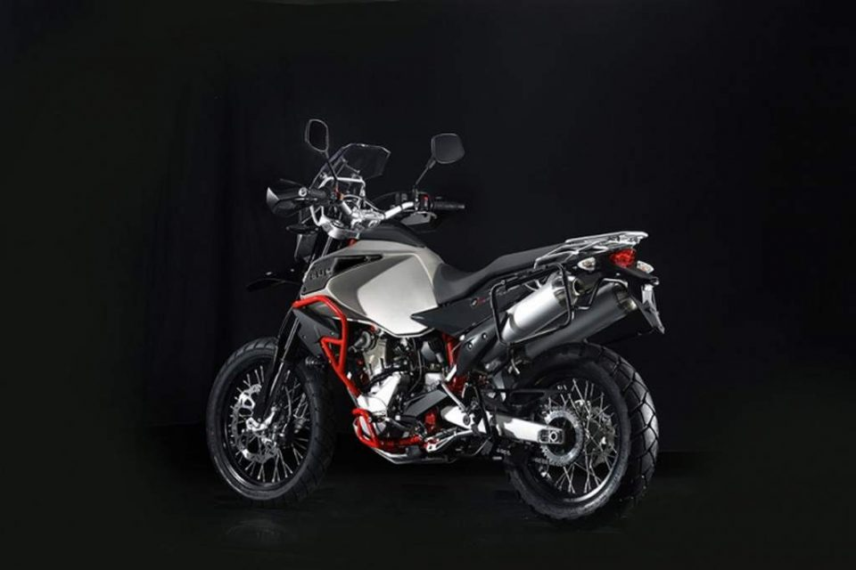 SWM Super Dual India Launch Price Specs 4