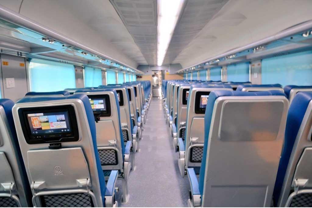 Mumbai Goa Luxury Train Tejas Express Commences Journey