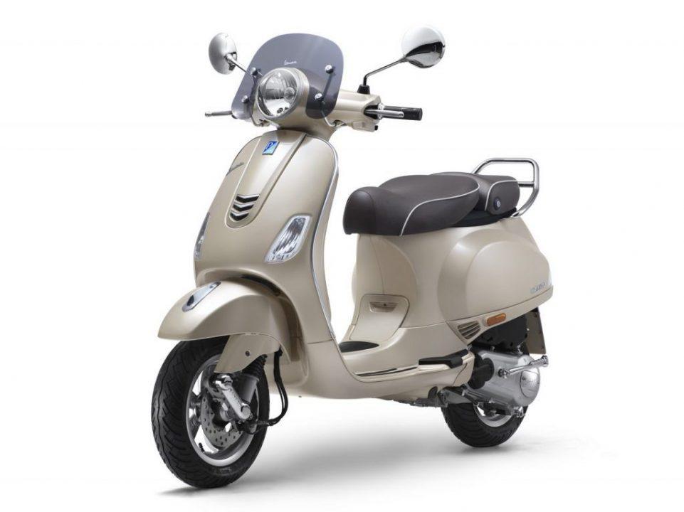 Vespa Elegante 150 Special Edition