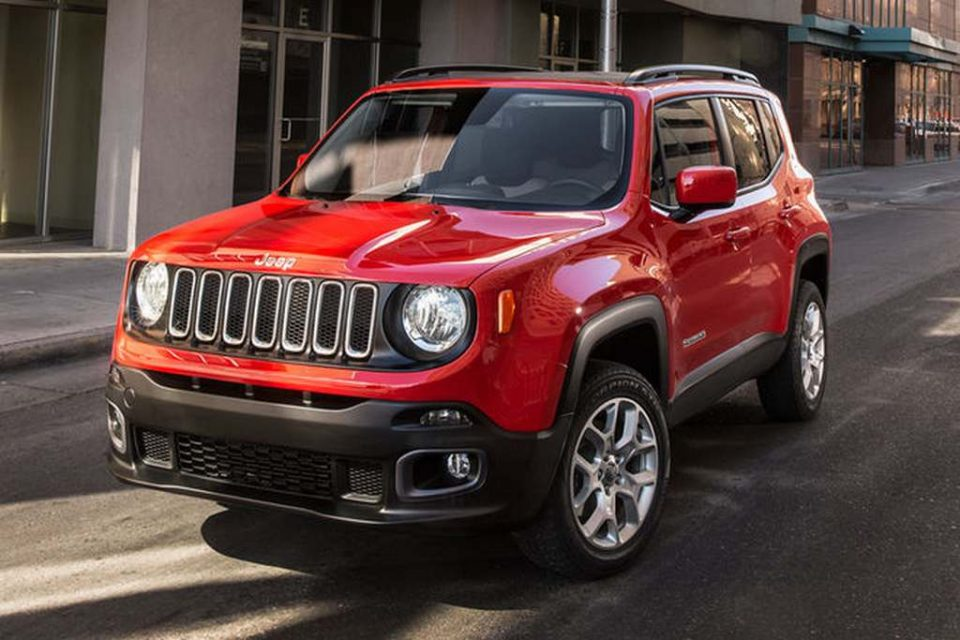 2017-Jeep-Renegade-Latitude-india