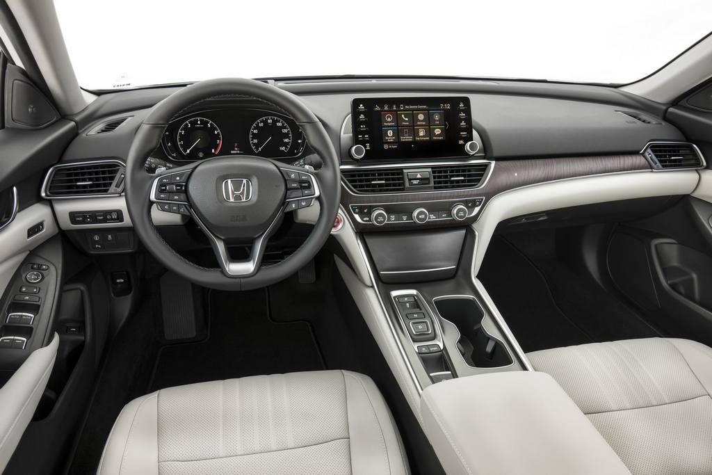 2018 Honda Accord India Launch, Specs, Features, Interior