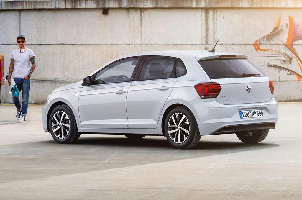 volkswagen polo highline plus launched in india price specs features. Black Bedroom Furniture Sets. Home Design Ideas