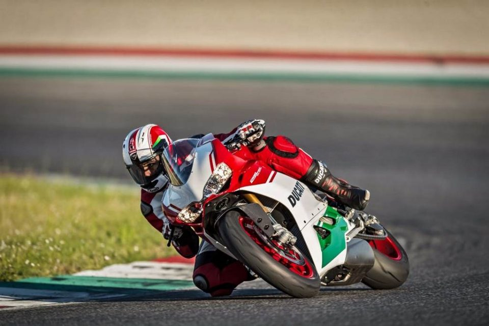Ducati 1299 Panigale R Final Edition 8